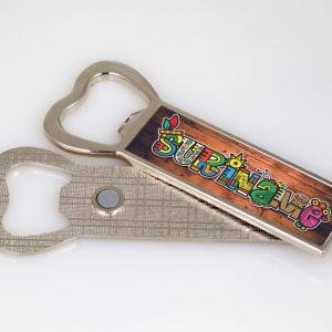 Fles opener Magneet – SurinameCultuurMix-hout