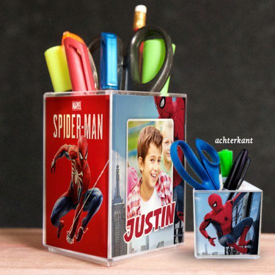 penhouder, pennenbak, kado, surinaams, gepersonaliseerd geschenk, spiderman